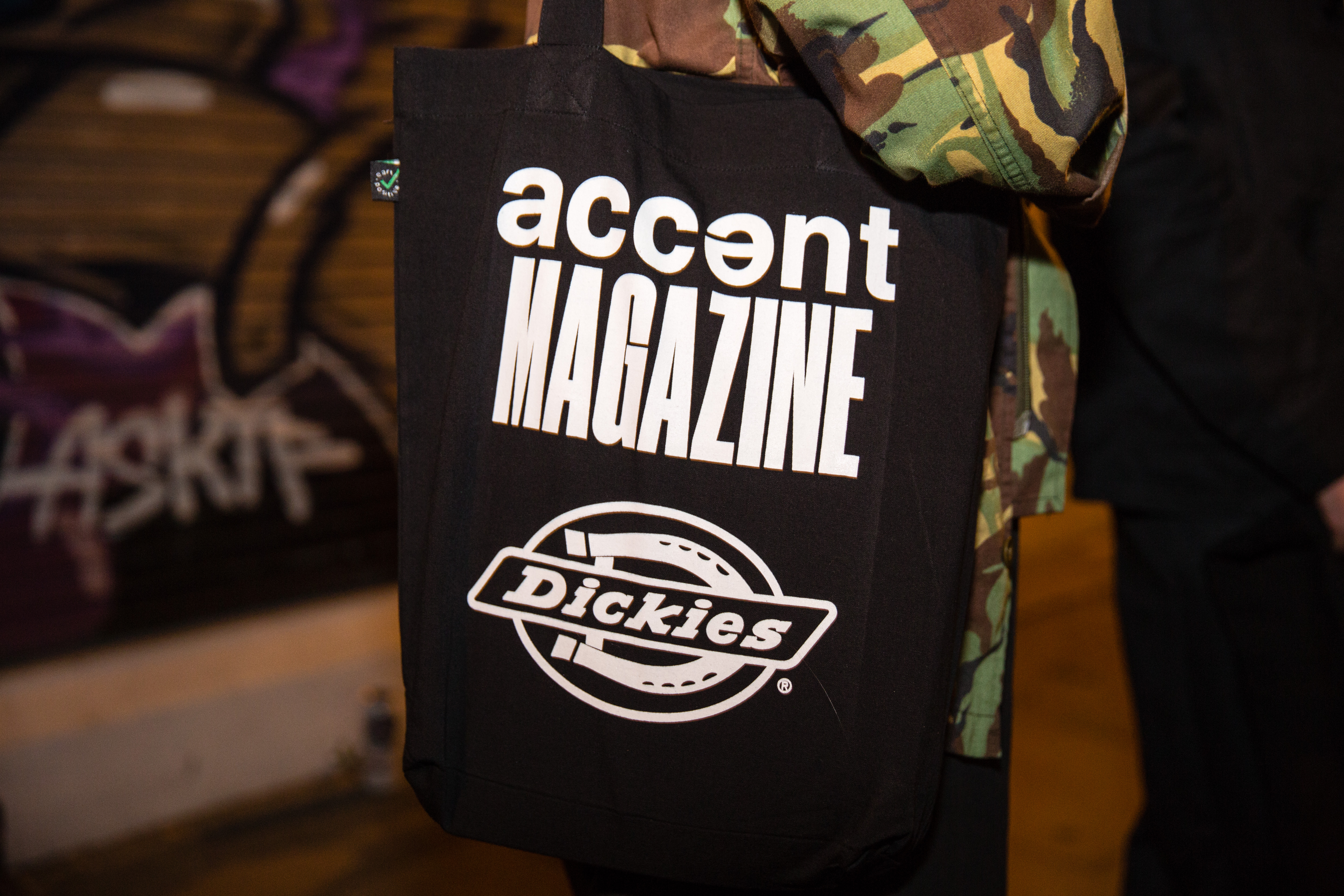 accent29-9-16iw75